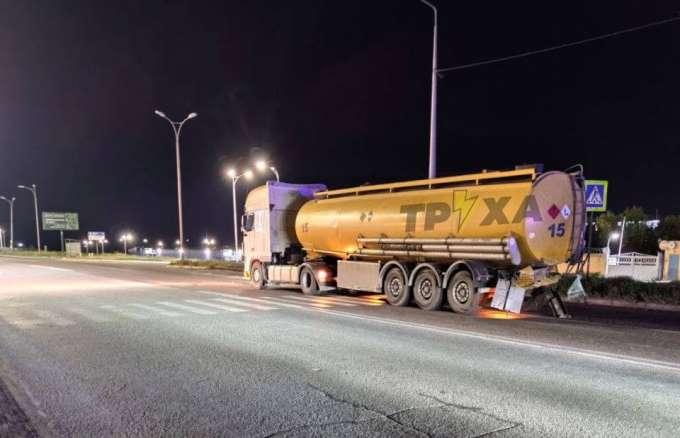 водитель автомобиля ВАЗ погиб в столкновении с бензовозом