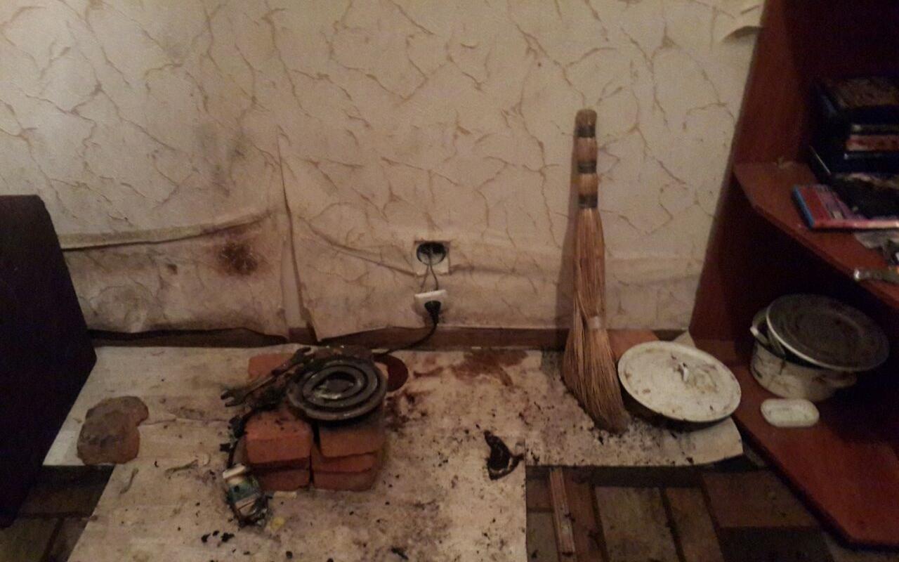 В Харькове мужчина упал на включенную электроплитку и погиб