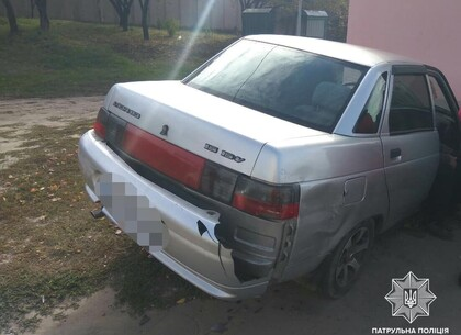 ДТП: ВАЗ столкнулся с Toyota и врезался в остановку на Салтовке (видео, фото)